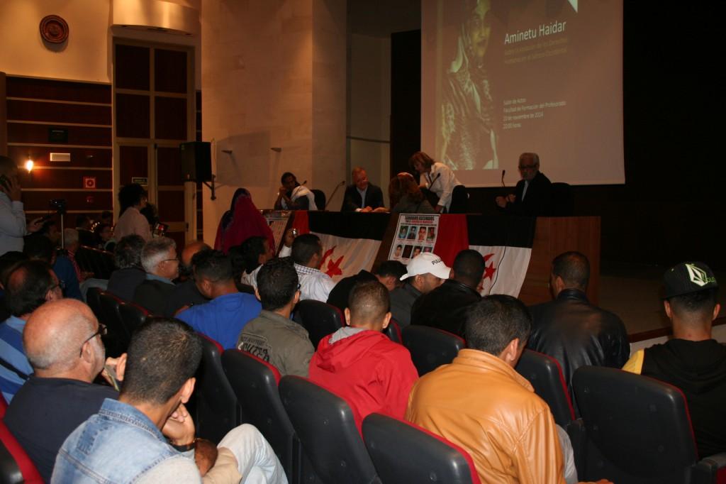 eucoco +manifest +Aminetu Haidar LPGC 14-15-16-20-11-2014 madrid 1039