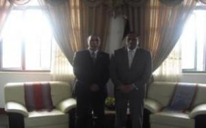 embajador de la RASD  junto al canciller timorense