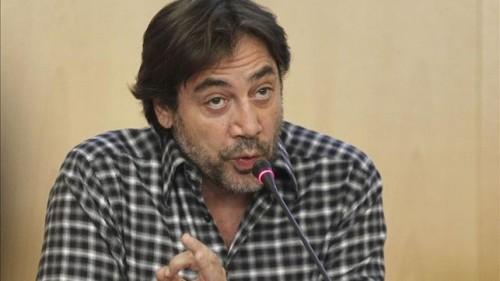 Bardem pide que el próximo Gobierno que se implique y acabe con el genocidio de los saharauis