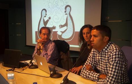 Hassana Aalia durante la charla del pasado viernes en Gasteiz. (IRATZAR)