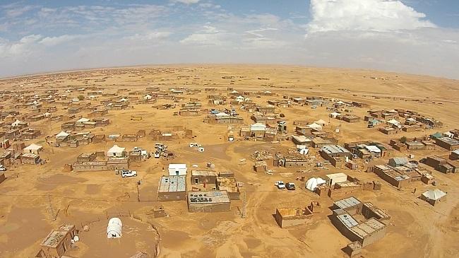 Vista-aérea-de-uno-de-los-5-campamentos-de-refugiados-saharauis-Auserd-