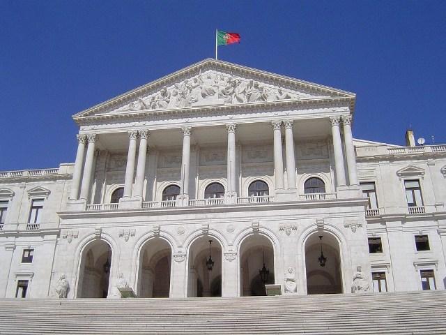 Assembleia-da-República-1024x768