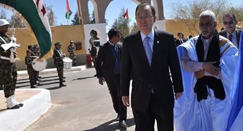 Ban Ki Moon a su llegada a los Campamentos de Refugiados Saharauis