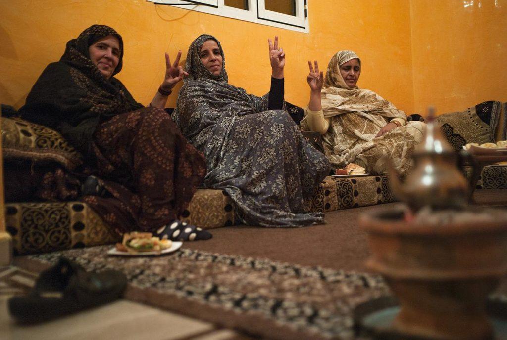 Reunión secreta del Foro para el Futuro de la Mujer Saharaui. Imagen por Eugenio G. Delgado.