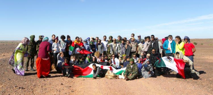 participantes-en-los-territorios-liberados-foto-de-samir-abchiche-se-ruega-firmar